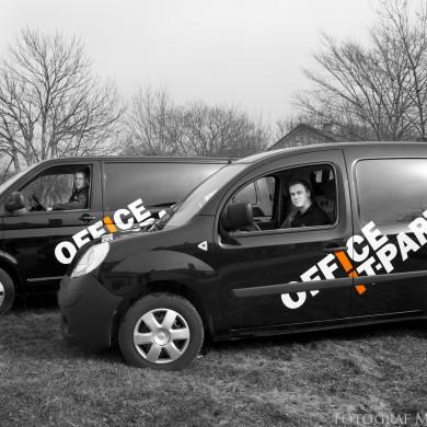 Office IT partner företagsfotografering bil